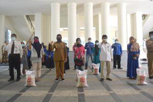 Wakil Bupati Bone Bolango Luncurkan Bantuan Beras PPKM