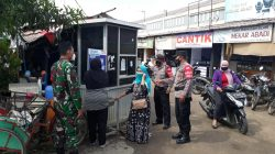 Polsek Sukagumiwang Jajaran Polres Indramayu Gelar Penerapan Prokes di Pasar Tradisional